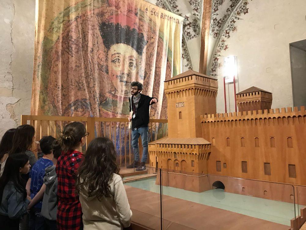 Programma didattico per le scuole al Castello Estense