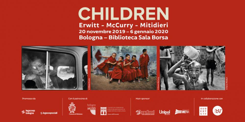 Visite guidate per un viaggio fotografico alla mostra 'Children. Erwitt - McCurry - Mitidieri'
